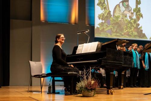 Lisa Boucher-Herger, Chor: Gesellschaft der Musikfreunde in Perc