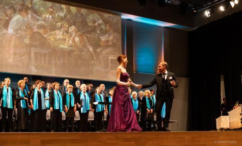 Karoline Pilcz, Christian Kotsis, Stefano Torchio, Chor: Gesells